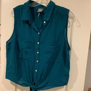 bobi sleeveless shirt